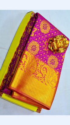 Magenta Kanchipuram Semi Silk Saree With Golden Leaf Design Border-yespoho