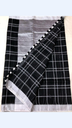 Checks patterned Black Linen Saree with Striped Pallu-yespoho