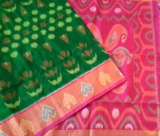 Bottle green with tomato red Color Pochampally Silk Cotton Saree-yespoho