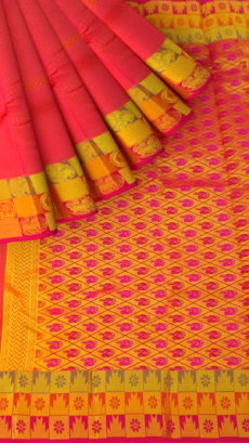 Coral Red Semi Silk Kanchipuram Saree With Thick Checks Border And Golden Design Pallu-yespoho
