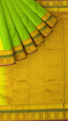 Green Semi Silk Kanchipuram Saree With Dotted Stripes Pattern And Golden Pallu With Zari Brocade-yespoho