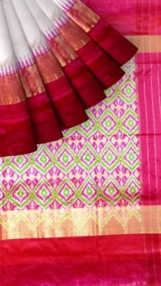 ikat plain body with kaddiborder saree and pallu blouse design-yespoho