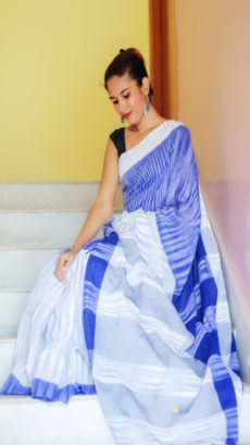 Blue & White Naomi Royal Ikat Handloom Cotton Saree-yespoho