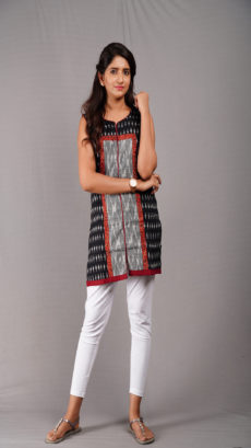 Black Ikat pattern Cotton Short Kurti-yespoho