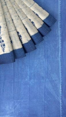 Indigo Blue & Off- White Soft Cotton Saree With Floral Design-yespoho
