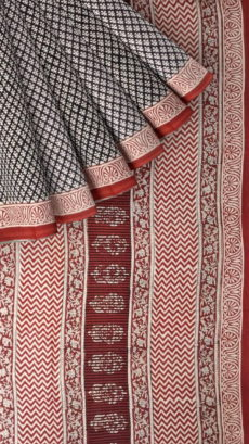 Beige & Dark Red Hand Block Print Saree-yespoho