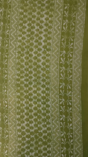 Forest Green Forest Green Floral pattern Dabu Mud Designer printed cotton saree.