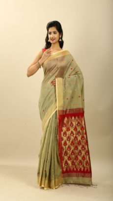 Red , Off White Green Hand Woven  Bengal  Soft Silk  saree-yespoho