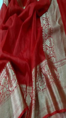 Dark Red Handloom Banarasi Linen Silk Saree.-yespoho