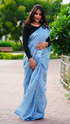 Blue And White Cotton linen Printed  Geometric pattern saree-yespoho