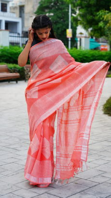 Peach Cotton linen Printed Diamond  Lines Motif saree-yespoho