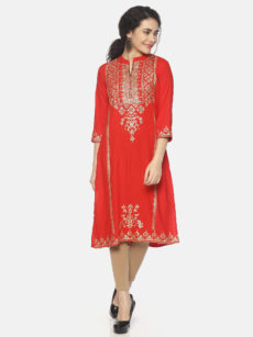 Mytri Women'S Red Viscose Solid/Print Straight Kurti-yespoho