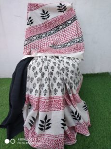 White Cotton Hand Block Print Saree.-yespoho